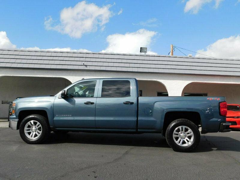 loaded 2014 Chevrolet Silverado 1500 pickup 4×4