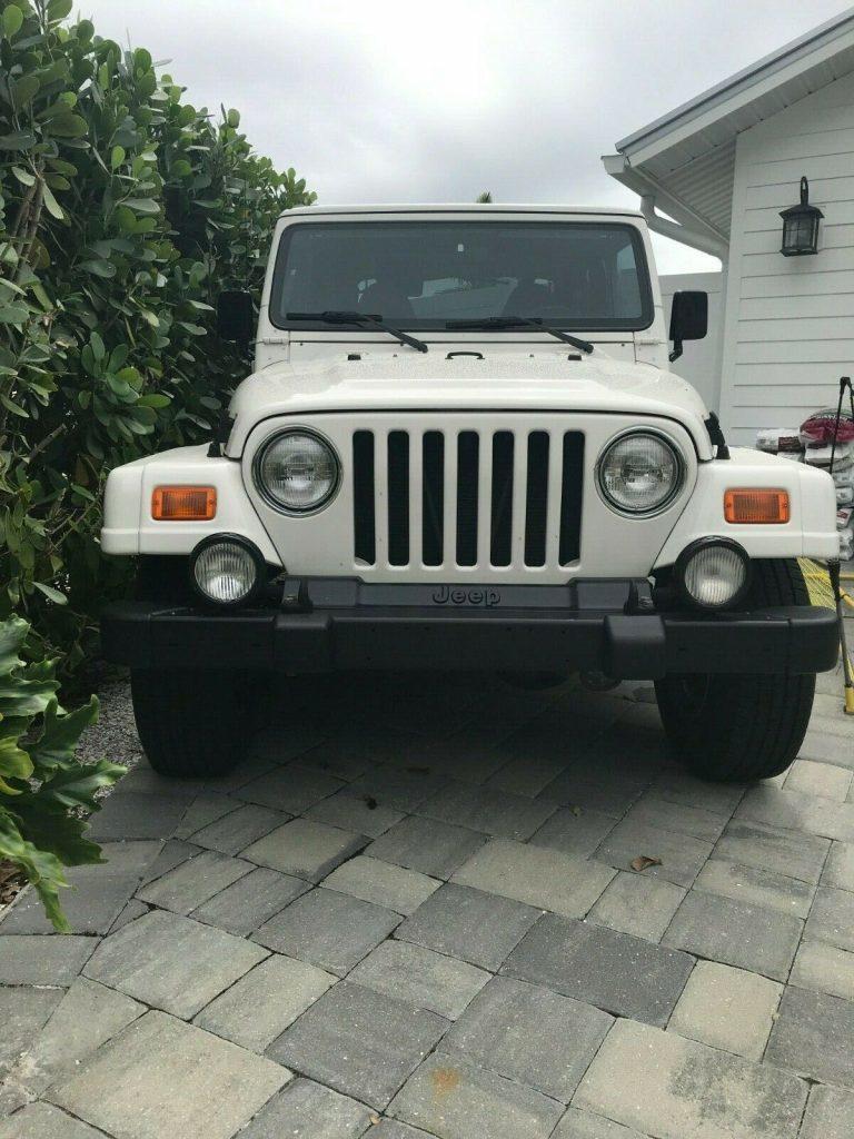 low miles 2000 Jeep Wrangler Sahara 4×4