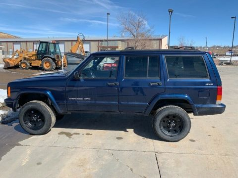 needs TLC 2000 Jeep Cherokee 4×4 for sale