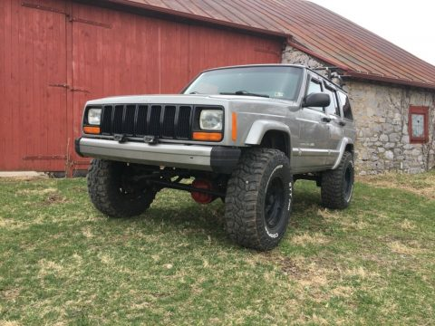 very nice 2000 Jeep Cherokee 4×4 for sale
