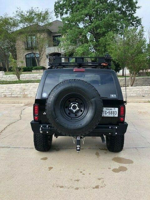 very nice 2000 Jeep Cherokee Sport 4×4