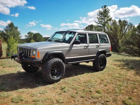 low miles 2001 Jeep Cherokee Sport 4×4 for sale