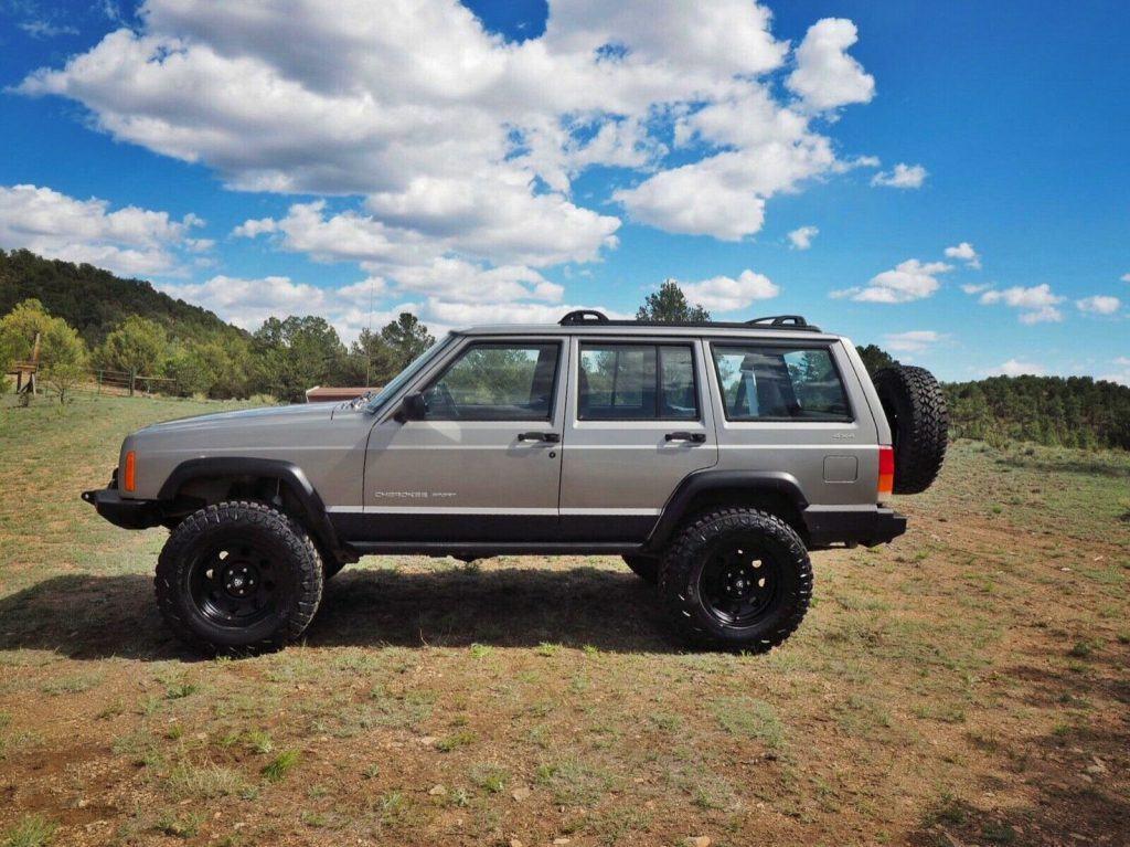 low miles 2001 Jeep Cherokee Sport 4×4