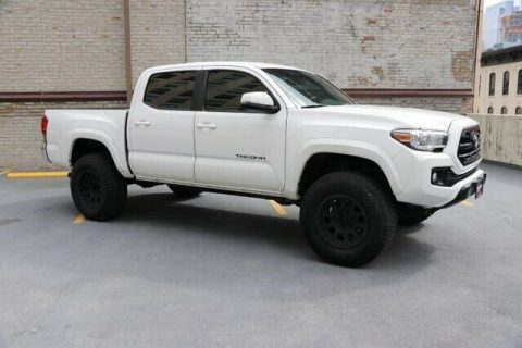 low miles 2016 Toyota Tacoma TRD 4×4 for sale