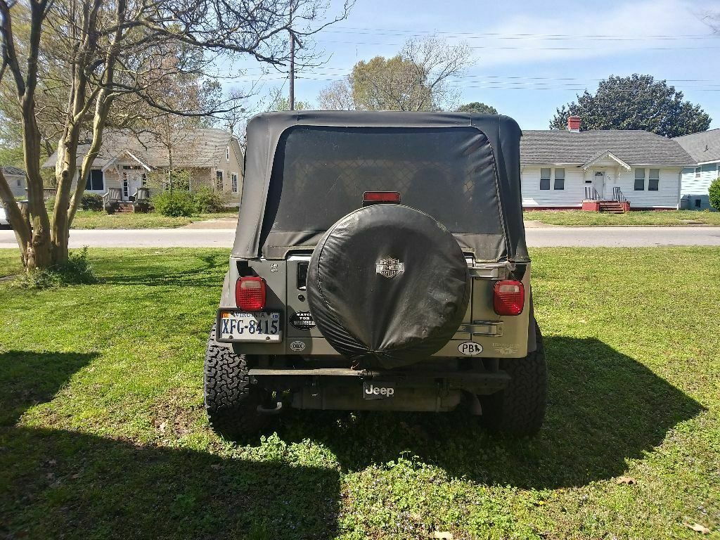 solid 2001 Jeep Wrangler 4×4