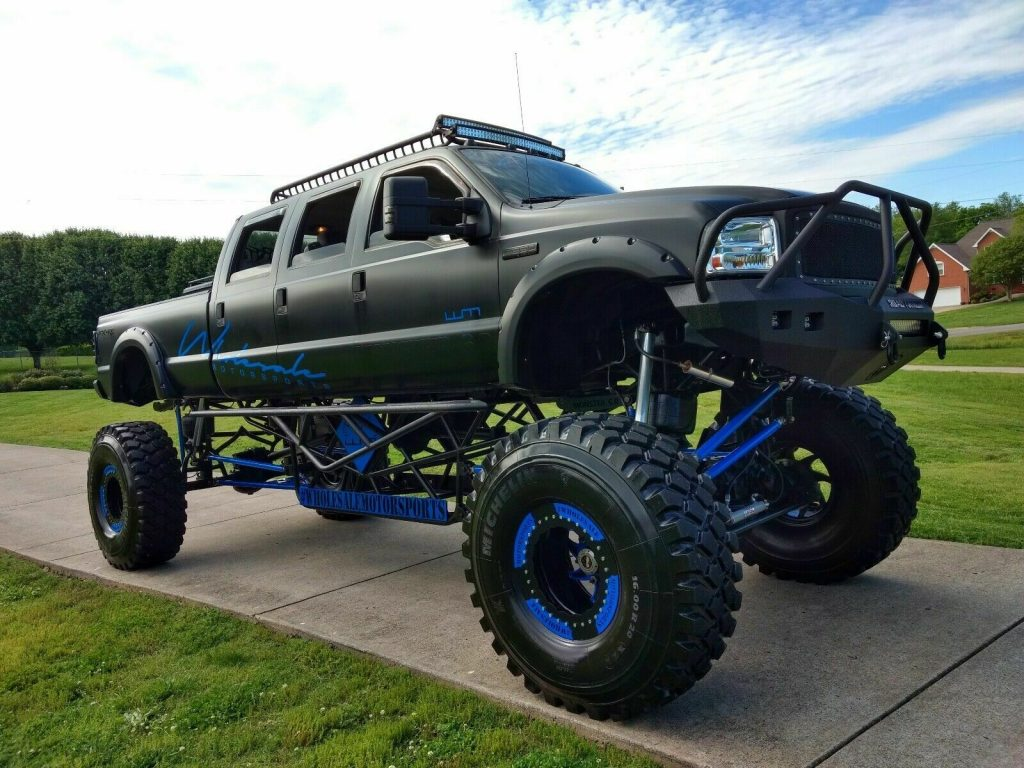 stretched 2005 Ford F 350 4×4