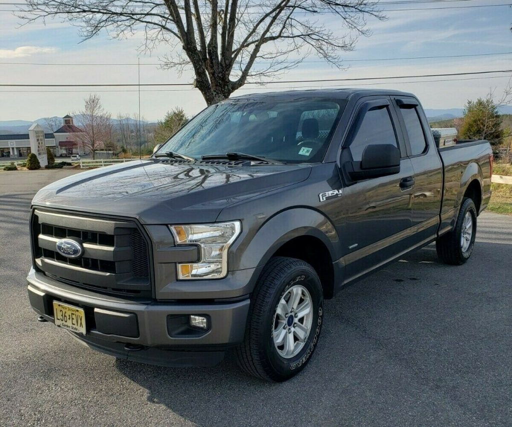 well equipped 2015 Ford F 150 XL pickup 4×4
