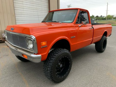 fuel injected 1972 Chevrolet C 10 pickup 4×4 for sale