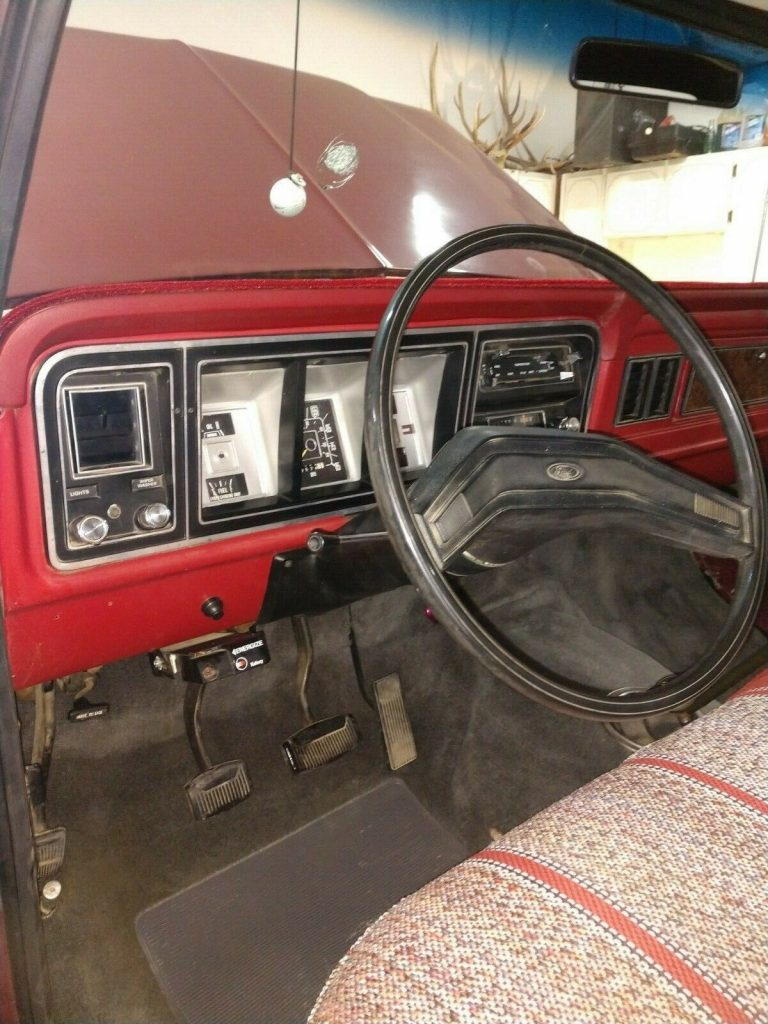 perfectly customized 1979 Ford F 250 Custom pickup 4×4