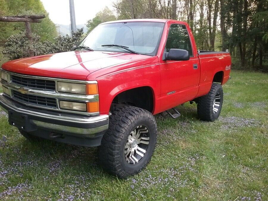 professionally built 1996 Chevrolet C/K Pickup 1500 pickup 4×4
