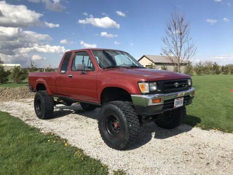 strong running 1994 Toyota Hilux Pickup 4×4 for sale