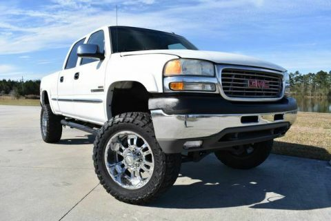 very clean 2002 GMC Sierra 2500 SLE 4×4 for sale
