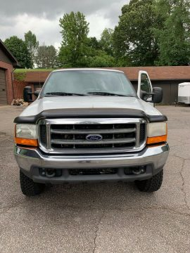 well cared for 2000 Ford F 250 XLT pickup 4×4 for sale