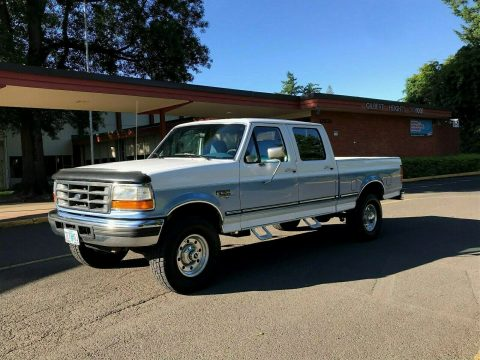 well maintained 1997 Ford F 250 XLT HD pickup 4×4 for sale