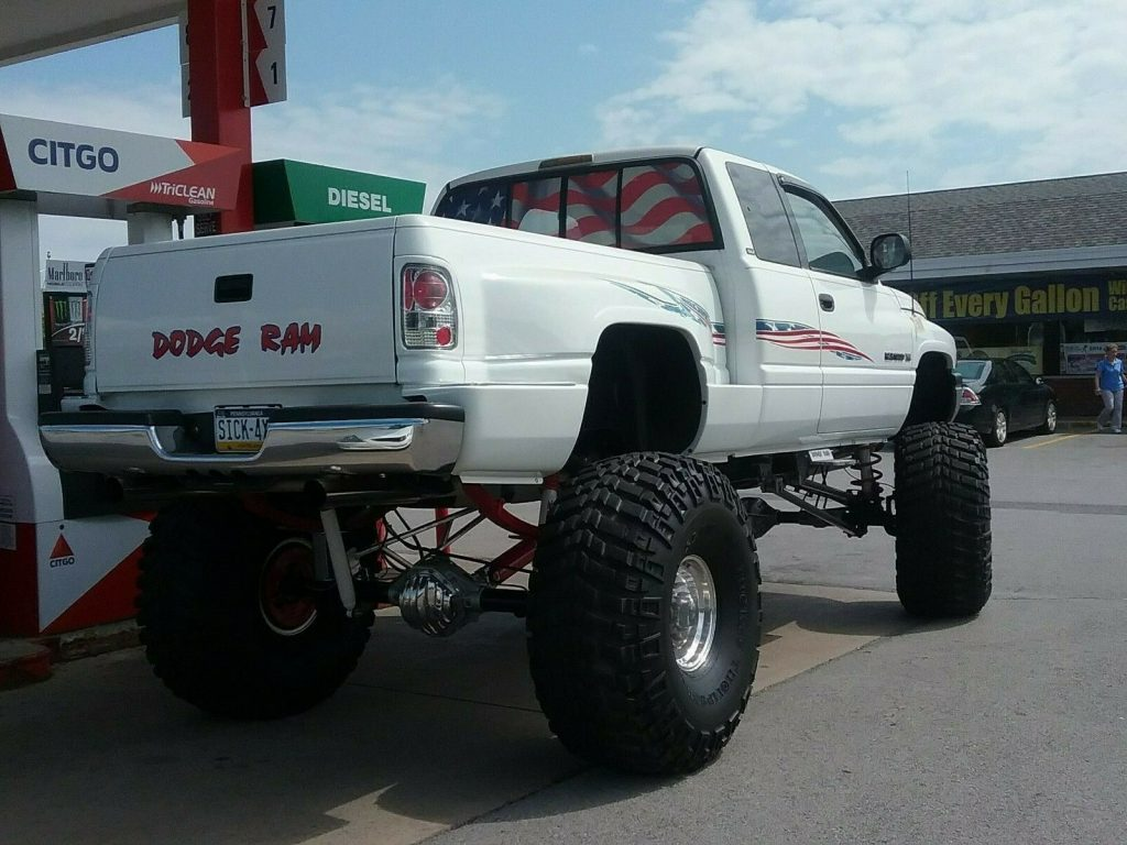 lifted 1996 Dodge Ram 1500 pickup 4×4