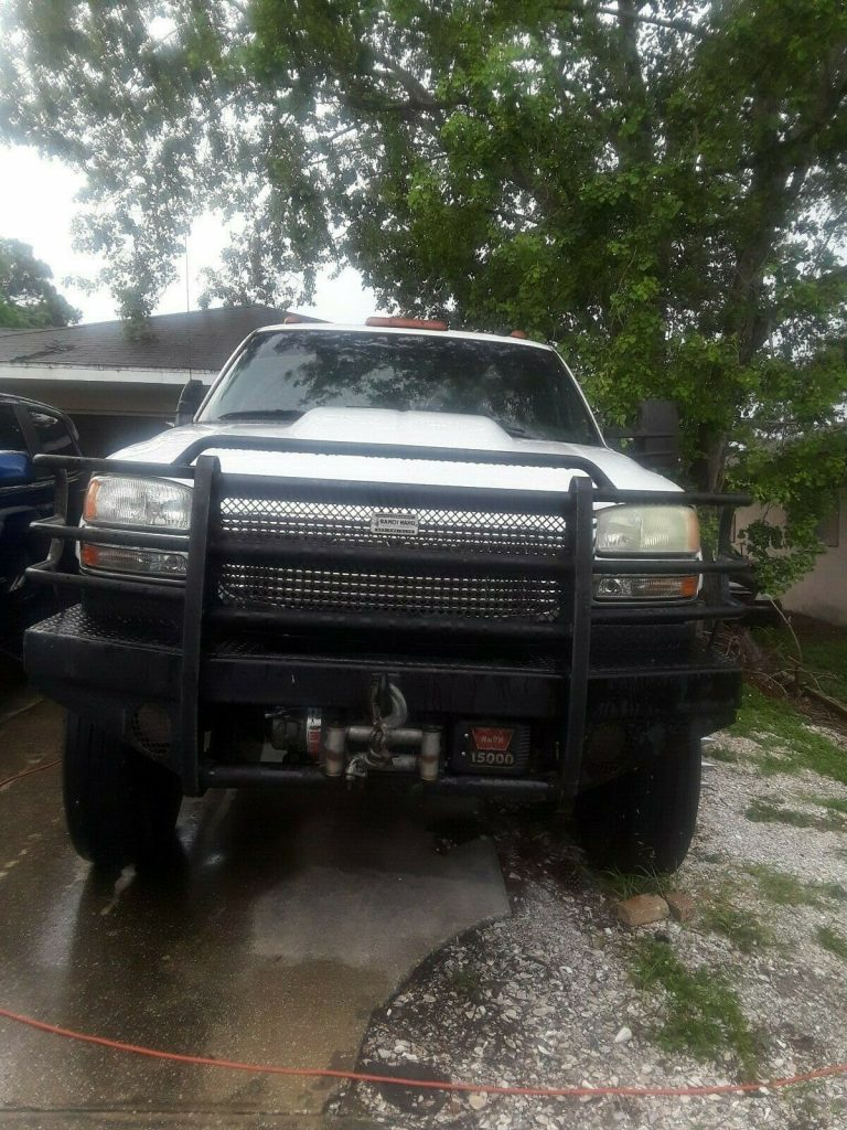 needs work 2004 GMC Sierra 3500 Slt pickup 4×4