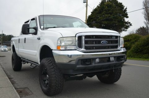 well equipped 2002 Ford F 350 Lariat pickup 4×4 for sale