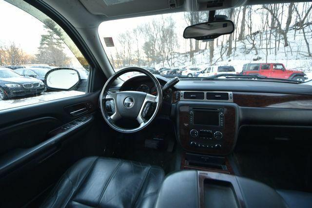 fully loaded 2008 GMC Sierra 2500 pickup 4×4