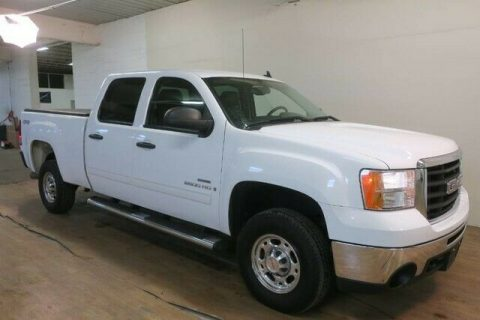 very nice 2008 GMC Sierra 2500 SLE2 4×4 for sale
