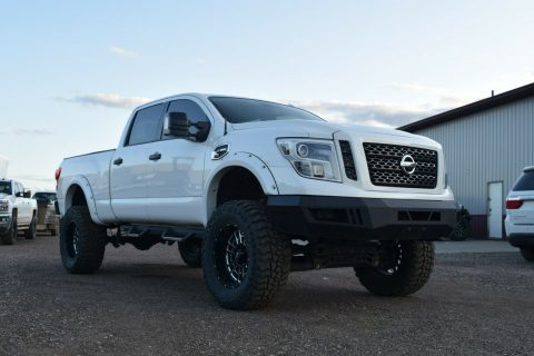 well modified 2016 Nissan Titan Pro4X 4×4 for sale