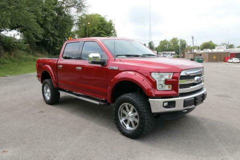 very low miles 2016 Ford F 150 Lariat Supercrew 4×4 for sale