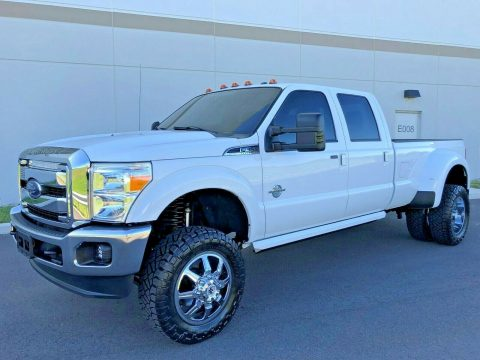 well optioned 2016 Ford F 350 LARIAT 4×4 for sale