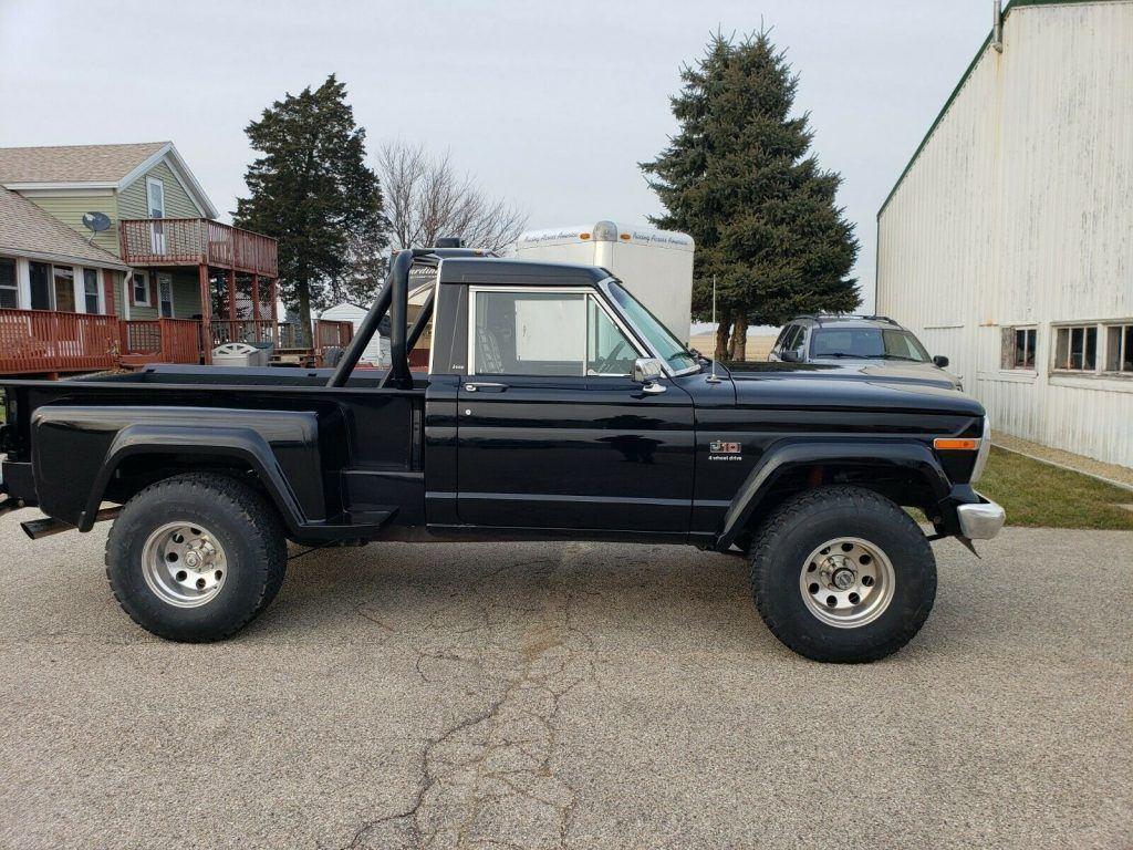 restored 1981 Jeep J10 Sportside 4×4