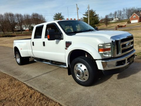 well equipped 2008 Ford F 450 Lariat 4×4 for sale