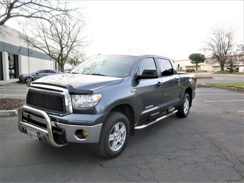 well equipped 2010 Toyota Tundra Grade 4×4 for sale