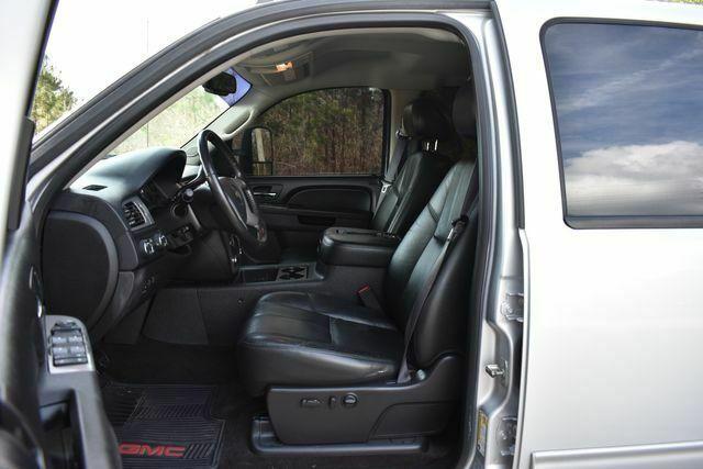 clean 2013 Chevrolet Silverado 2500 LTZ 4×4