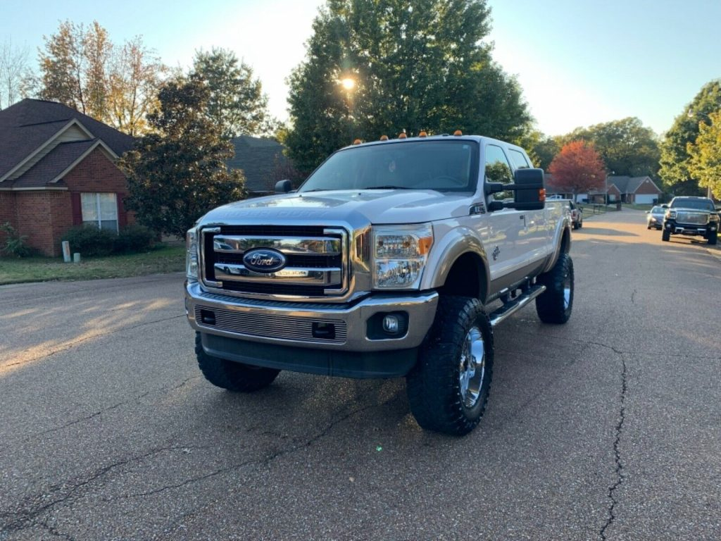 great shape 2011 Ford F 250 Lariat 4×4